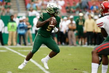 QB Quinton Flowers warf eine Interception
