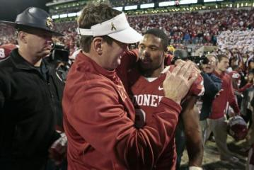 Head Coach Bob Stoops (Oklahoma Sooners)