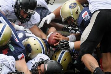 Berlin Rebels vs. Dresden Monarchs: Kampf um den Ball
