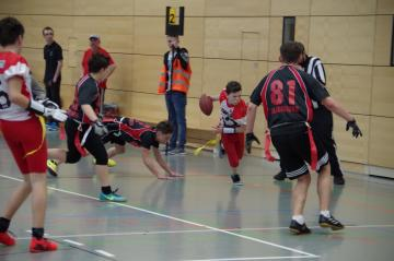 Die U15 Flag Footballer der Franken Knights in Aktion.