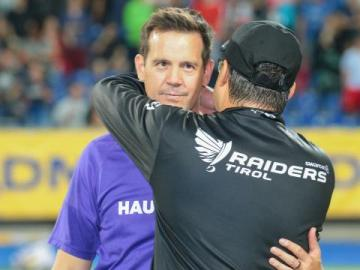 Das Duell heißt erneut: Head Coach Shuah Fatah (Raiders) vs. Head Coach Chris Calaycay (Vikings)