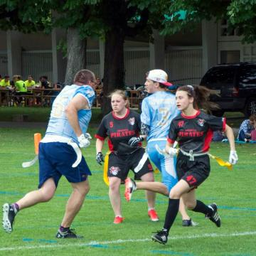 Die  Frauen des Ultimate Teams dder Argovia Pirates in Aktion