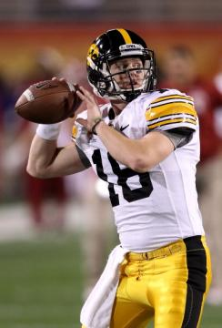 Quarterback James Vandenberg #16 (Iowa Hawkeyes)