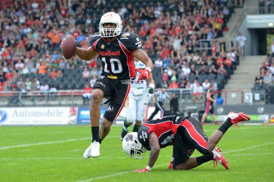 # 10 DB Tissi Robinson (New Yorker Lions) nach seiner Interception