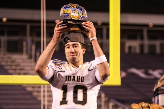 Famous Idaho Potato Bowl MVP Quarterback Matt Linehan #10 (Idaho Vandals)