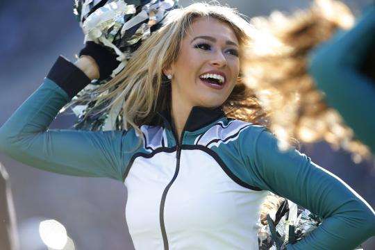 Philadelphia Eagles Cheerleader