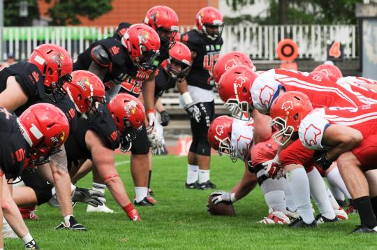 Line of Scrimmage beim Spiel Potsdam Royals vs. Luebeck Cougars
