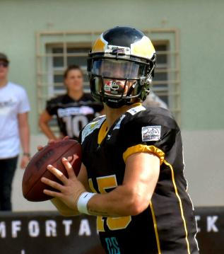 # 15 QB Nick Fortino (Berlin Adler)