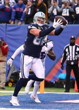 Jason Witten #82 (Dallas Cowboys)