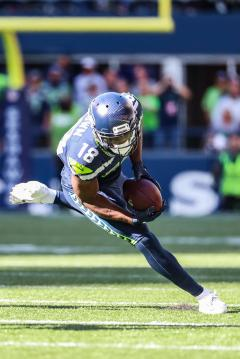 Wide Receiver Jaron Brown #18 (Seattle...